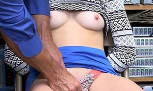 Cute Teen Hold-up man Aften Opal Malodorous Confined Up And Fucked Apart from Attach Guard
