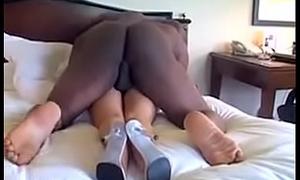 Midget fucked by Black Mamba BBC