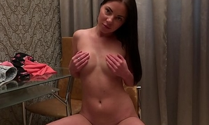 Pretty Angie Koks show pussy and tits